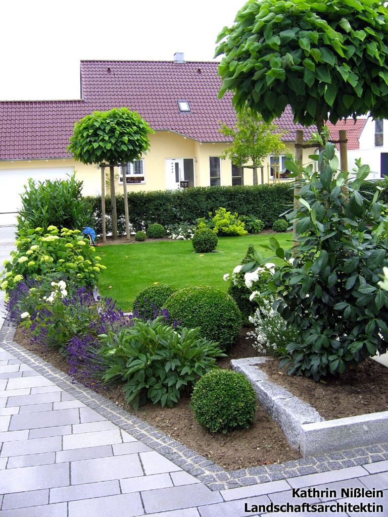 trompetenbaum kugelbaum kugel trompetenbaum catalpa bignonioides 39 nana 39 catalpa. Black Bedroom Furniture Sets. Home Design Ideas